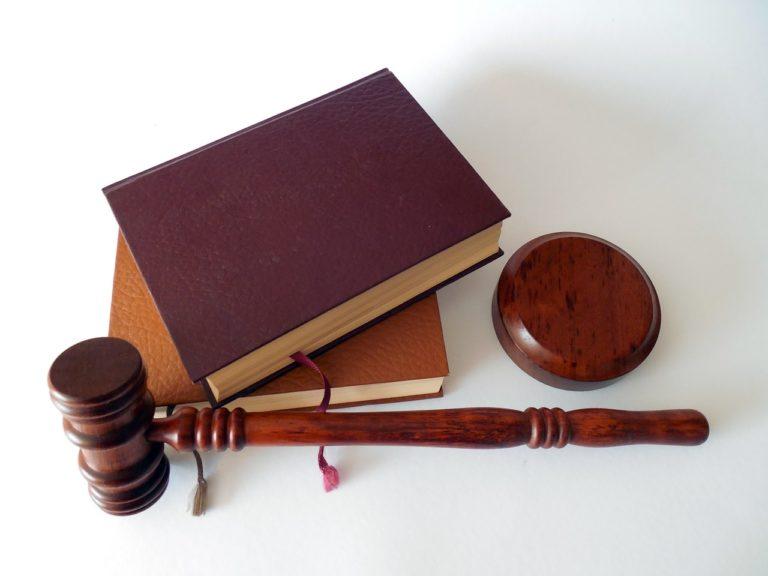 Do adwokata można się zwrócić z wieloma problemami prawnymi