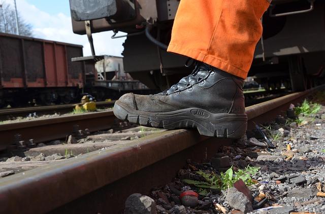 Potrzebne ci profesjonalne buty robocze?