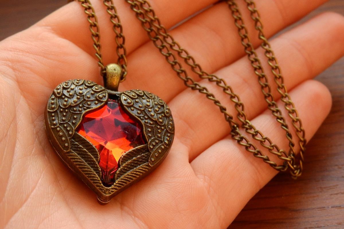 Wzrasta zainteresowanie samodzielną produkcja biżuterii