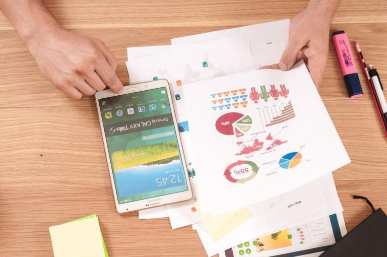 Wybranie firmy z rynki marketingu internetowego